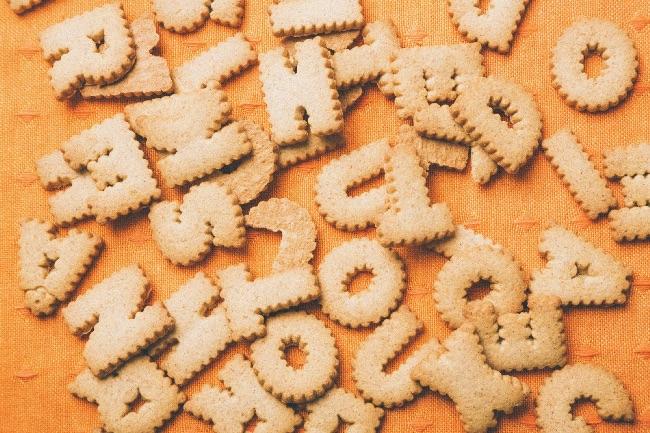 アルファベット型ビスケット