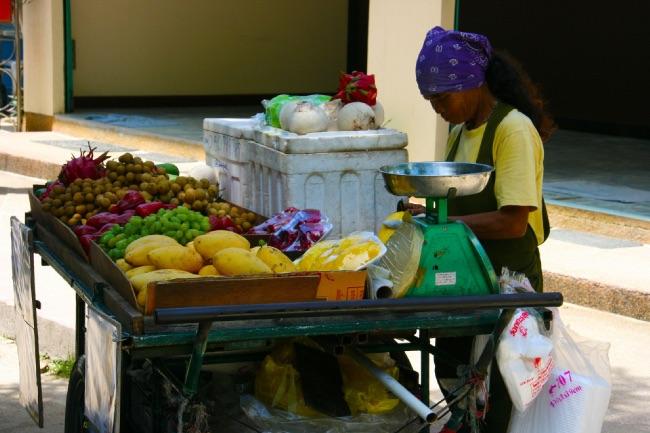 タイのフルーツ屋さん