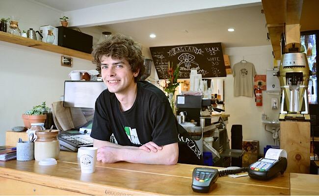 カフェの店員さん