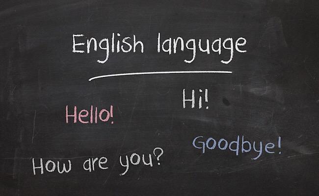 英語の勉強は何から始めたらいい?受験生や社会人で異なる勉強法を解説!